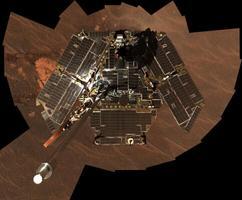 Opportunity autoportree on tehtud 2004. aasta lõpus. Kulgur oli Marsil tegutsenud pisut vähem kui ühe maise aasta