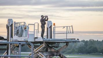 Kell 6 hommikul ollakse lennujaamas valmis Air Force One'i maandumiseks