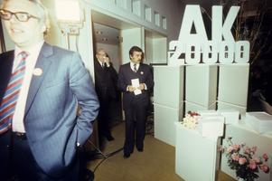 Aktus Eesti Raadio valges saalis, Aktuaalne Kaamera, 20000. saate   tähistamine, Toomas Leito, Heino Mikkin ja Ain Allas.