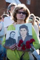 На Военном кладбище в Таллинне 9 мая.