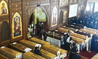 Kairo terrorirünnaku ohvrite matused.
