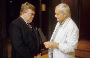 Saade, Riigikogu aseesimees Edgar Savisaar, saatejuht Mati Talvik.   August 1993