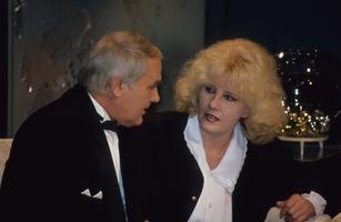 Ühiskonnaelu toimetuse peatoimetaja Mati Talvik, saatesektori juhataja   Alice Talvik. 1994
