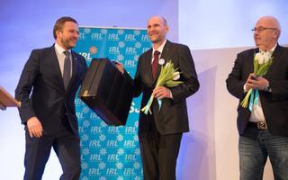 Umbes aasta aega tagasi toimunud IRL-i suurkogul valiti erakonna esimeheks Helir-Valdor Seeder. Seekord on plaanis partei nimi ära vahetada.