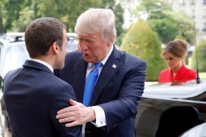 USA president Donald Trump saabus visiidile Pariisi.