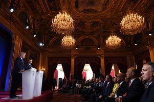 Donald Trump ja Emmanuel Macron ühisel pressikonverentsil.