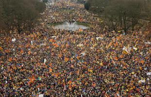 Kataloonia iseseisvuslaste meeleavaldus Brüsselis 7. detsembril.
