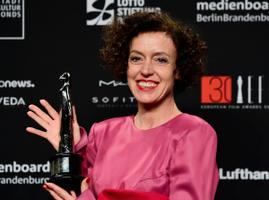 Saksa näitlejanna director Maria Schrader