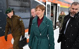 Kersti Kaljulaid talvel Narvas.