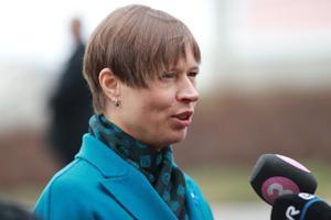 Kadriorus kogunes riigikaitse nõukogu, pildil president Kersti Kaljulaid