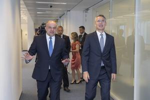 Kaitseminister Jüri Luik kohtus NATO peasekretäri Jens Stoltenbergiga.