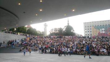 Футбол на площади Вабадузе.