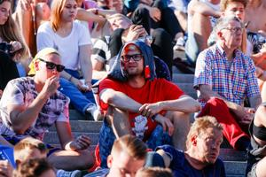 Jalgpalli MM finaali vaatamine Vabaduse väljakul