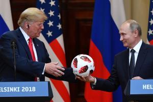 Trumpi ja Putini pressikonverents.