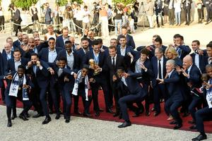 Prantsusmaa jalgpallikoondis saabus kodumaale