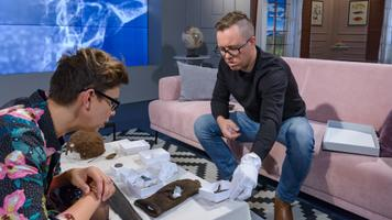Kalamajast leitu hulgas on ka üks vasaku jala villane sokk. Selle, et see just vasaku jala oma on, tegid kindlaks spetsialistid.