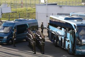 Lennujaam seatakse paavsti saabumiseks valmis