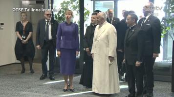 Paavst Tallinna lennujaamas