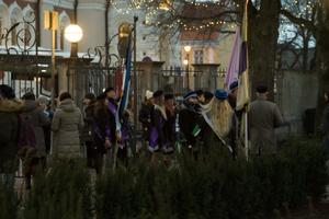 Lipu heiskamine kuberneri aias.
