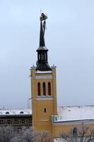 Jaani kiriku torn sai kullatud risti ja muna.