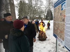 Infotahvli avamine Järvamaal Öötla mõisa juures.