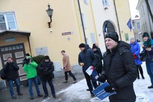 Teadlaste meeleavaldus Stenbocki maja ees