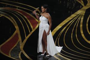 Parima naiskõrvalosa Oscari võitis Regina King rolli eest filmist