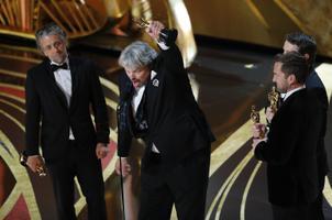 Parimate eriefektide Oscari pälvisid Paul Lambert, Ian Hunter, Tristan Myles ja J.D. Schwalm filmiga