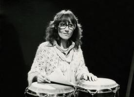 Muusikasaadete toimetaja ja laulja Reet Linna. 1980.