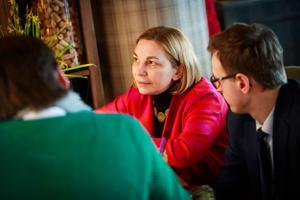 Maailmapanga hariduse vanemspetsialist Nina Arnhold ja Filip Kohan.