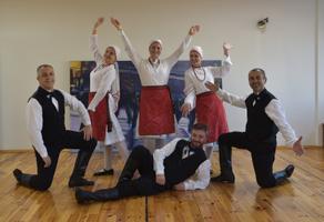 Istanbul, Turkey-based folk dance troupe Meri.