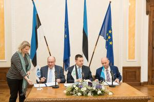 Centre Party, EKRE and Isamaa coalition agreement signing.