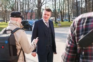 Ministerial candidates Mart Helme (EKRE) and Urmas Reinsalu (Isamaa) met in turn with President Kersti Kaljulaid at Kadriorg on Tuesday morning. 23 April 2019.