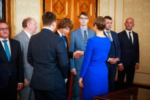 President Kersti Kaljulaid meeting new coalition ministers on Wednesday. Will financial pressures in realising its agreement promises hinder the 100 hate-free days she calls for?