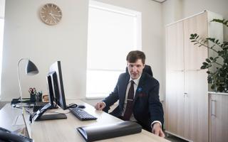 Первый рабочий день Мартина Хельме в Министерстве финансов.