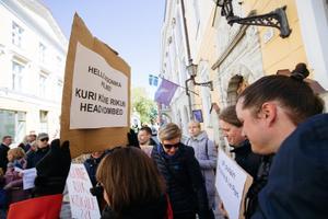 Meeleavaldus EKRE ja selle väliskülaliste vastu.