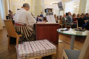 Eesti Pangas esitleti laulupeomünti
