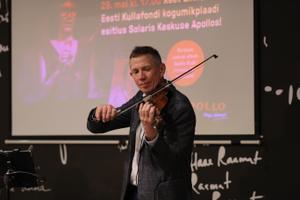 Reet Linna Eesti Kullafondi kogumikplaadi esitlus