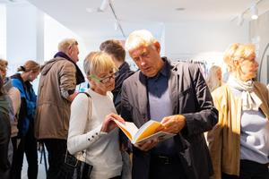 """Anu Ojavee ja Piret Pupparti  teose """"Eesti moe 100 aastat"""" esitlus"""