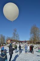 Väätsa põhikooli kosmoseprojekt. Õpilased saatmas teadusjaama kosmosesse.
