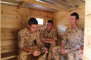 Eestis sõdurid ehitasid Aafrikasse sauna