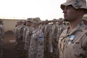 Eesti kontingenti tunnustati Prantsusmaa missioonimedaliga.