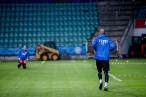 Jalgpallikoondise treening enne mängu Valgevenega