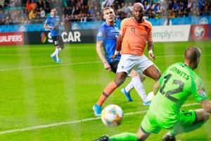 Jalgpalli EM-valikmäng: Eesti - Holland