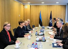 Kersti Kaljulaid kohtus Jens Stoltenbergiga
