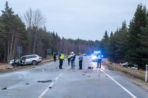Saaremaal hukkus rängas avariis kolm inimest.