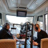 Jaan Elgula alustas trammis Vikerraadio saadet