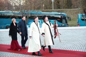 Arrivals at 2020's Independence Day presidential reception in Viljandi.
