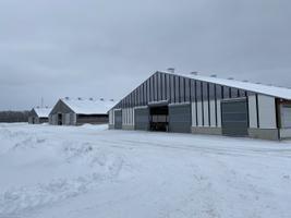 Türi vallas Lõõla külas avati Eesti suurim lüpsilaut.