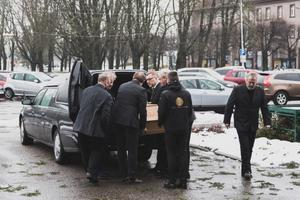 Mihkel Smeljanski saadeti viimsele teele.